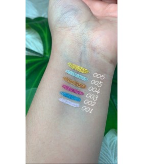 Swatches Eyeliner de colores metalizados