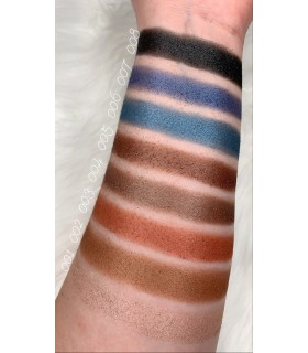 swatches godet eye shadow